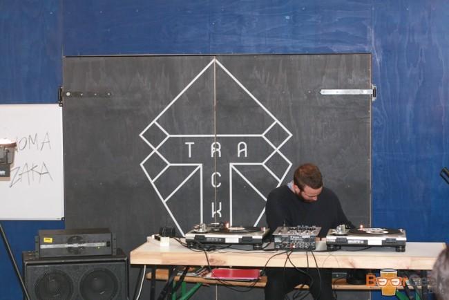 Track DJ